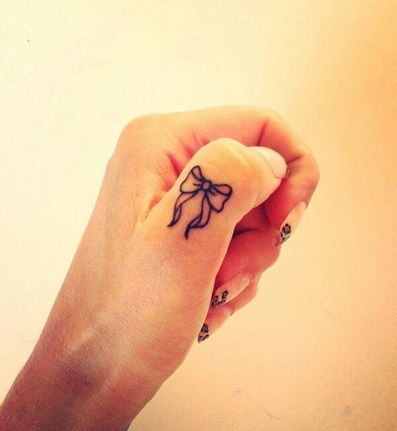 Образец росписи на ногтях
