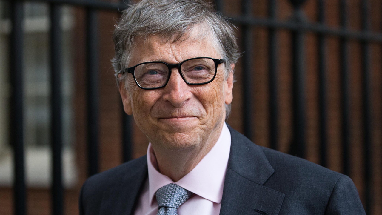 bill gates person of success information technology essay Biography, entrepeneur, windows - bill gates: a visionary entrepreneur title length color rating : the life and accomplishments of bill gates essay - bill gates people, nowadays, spend many.