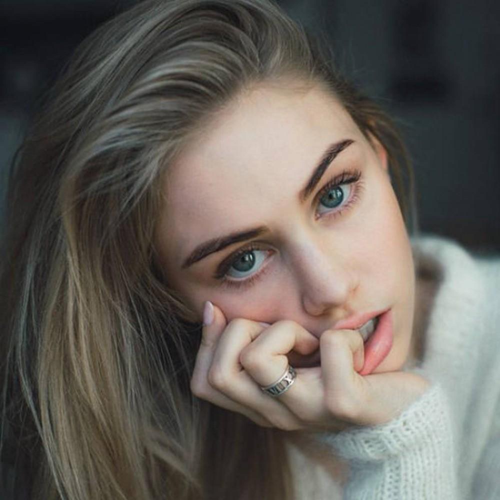 你的眼周肌肤几岁了呢?   做一做『眼周肌肤年龄测试』,好好保养眼周肌肤吧!
